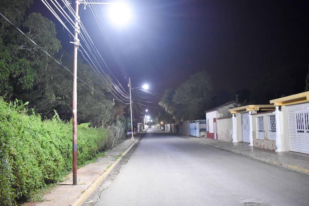 Más de 7 mil luminarias LED se han instalado en el estado Sucre